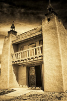 NEW MEXICO ADOBE ... VARIED VISION